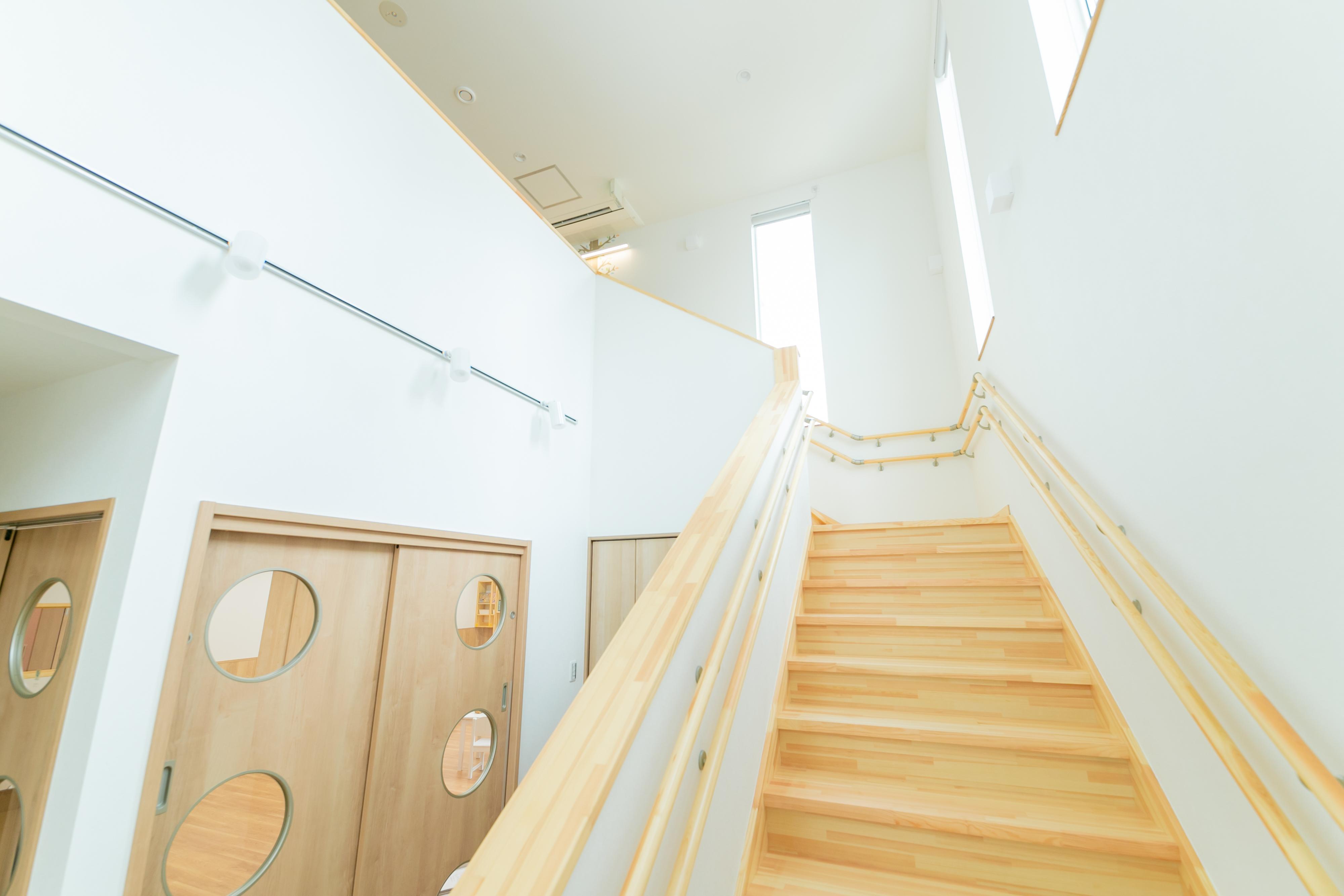 吹き抜け・階段